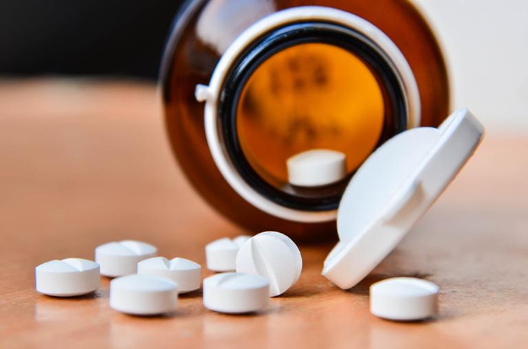 Thuốc kháng sinh, kháng viêm chữa viêm âm đạo cấp được nhiều chị em dùng