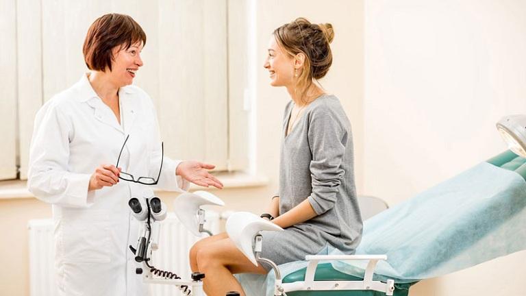 Mức phí điều trị viêm âm đạo phụ thuộc vào trình độ của đội ngũ y bác sĩ