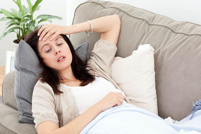 Thường xuyên chóng mặt cũng là dấu hiệu tiền mãn kinh sớm
