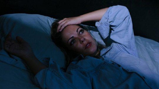 Phụ nữ tiền mãn kinh mất ngủ