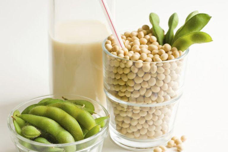 Phụ nữ tiền mãn kinh nên bổ sung gì? Các loại thực phẩm có nguồn gốc họ đậu bổ sung Estrogen an toàn, nhanh chóng