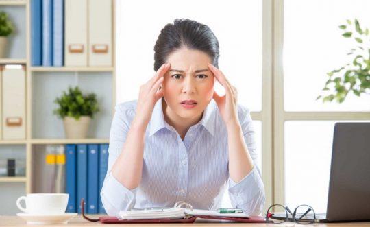Phụ nữ bị rối loạn tiền mãn kinh nên làm gì