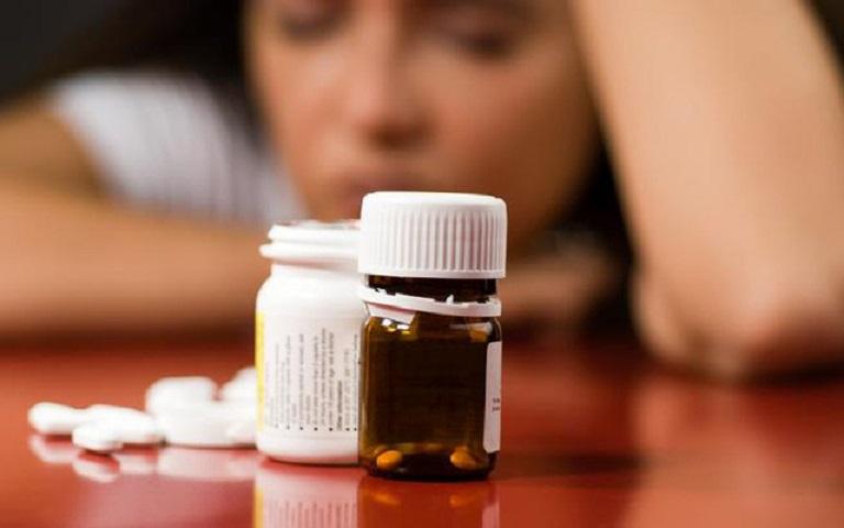 Tiền mãn kinh uống thuốc gì? Nhóm thuốc chống trầm cảm liều thấp cũng được chỉ định