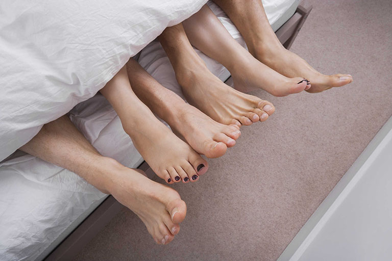 Quan hệ tình dục bừa bãi tăng nguy cơ gây viêm nhiễm