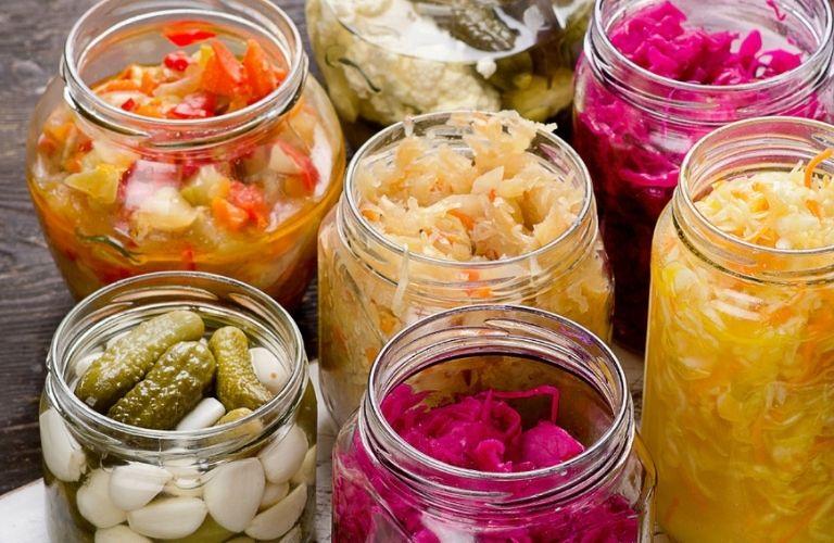 Ăn một lượng vừa phải rau muối lên men rất tốt cho cơ thể