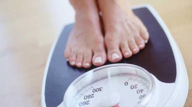 Thay đổi cân nặng bất thường là dấu hiệu của rối loạn nội tiết tố cần nhanh chóng tiến hành điều trị