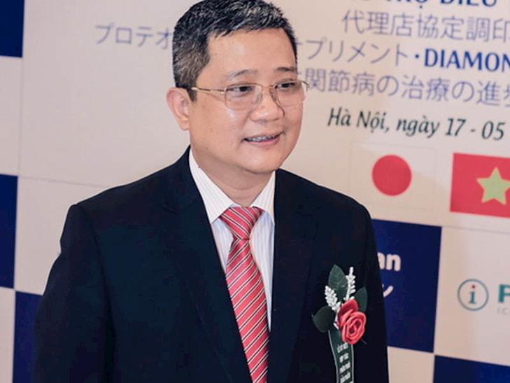 Phó Giáo sư, Tiến sĩ Nguyễn Vĩnh Ngọc