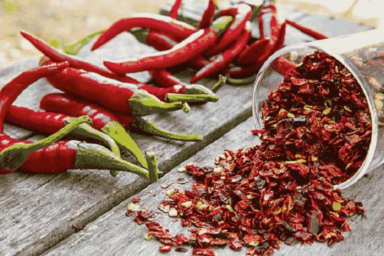 Đồ ăn cay nóng được liệt kê đứng đầu danh sách thực phẩm cần phải kiêng