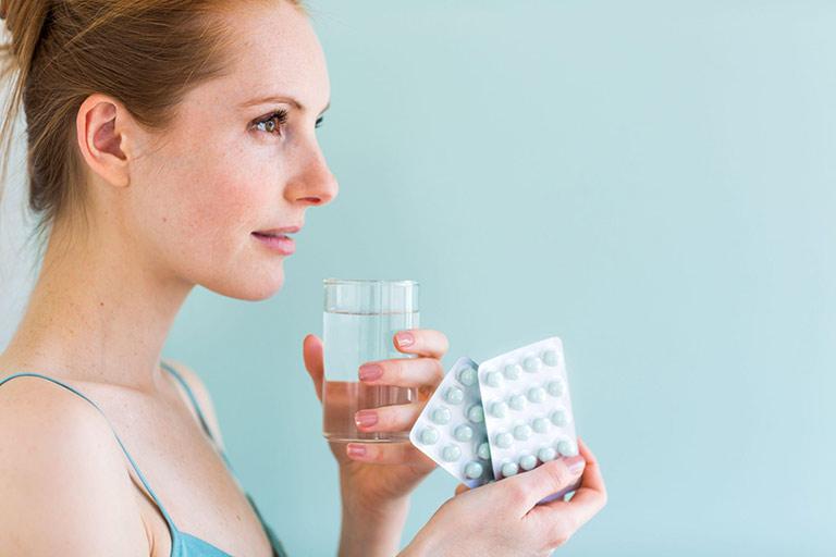 Dùng thuốc tăng cường sinh lý theo chỉ dẫn của bác sĩ