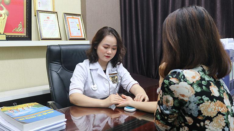 Bệnh nhân tới thăm khám sẽ được chỉ định phác đồ điều trị riêng