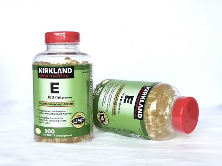 Vitamin E cân bằng nội tiết: Kirkland Signature Vitamin E 400 IU